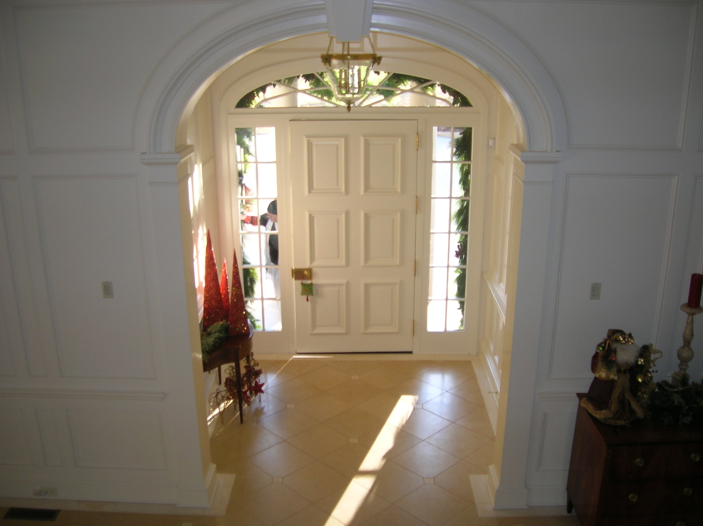 foyer decorations at christmas