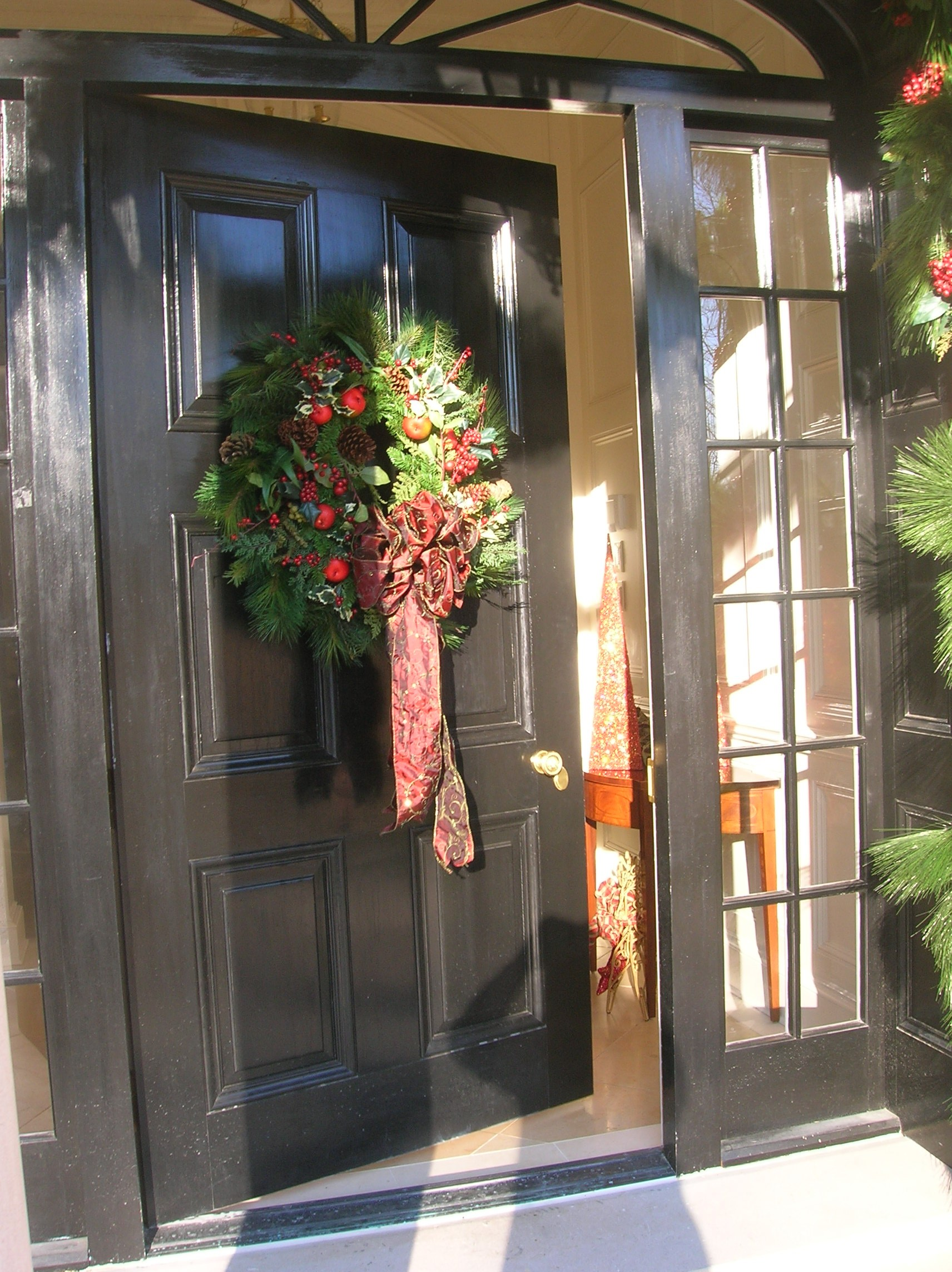 front door decorated for christmas - Front Door Entrance Christmas Decoration